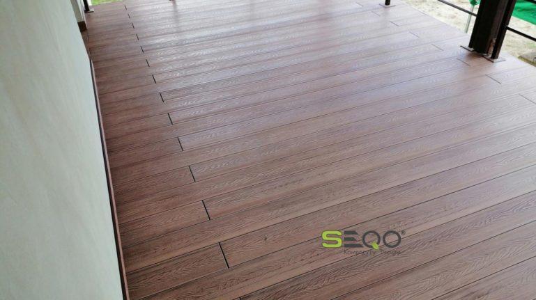 Balkon z deski kompozytowej SEQO Intensive