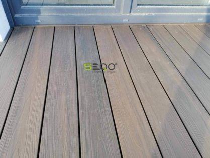 Deski SEQO Premium na tarasie